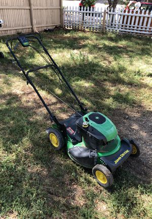 John Deere Lawn Mower for Sale in Lakewood, CO
