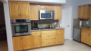 Wood Kitchen Cabinets for Sale in Miami, FL