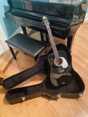 Jameson Guitar with Fender Hardcase for Sale in Harpursville, NY