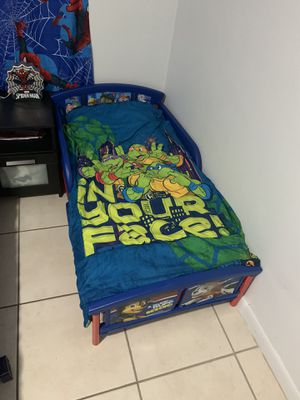 Toddler bed with mattress (pee pee proof) and kid chair. for Sale in Hollywood, FL