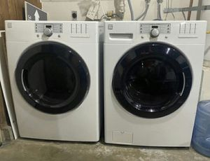 Kenmore Washer and Gas Dryer Front Load, Steam Sensor Great Working Condition Like New for Sale in Walnut, CA