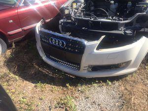 Audi Q7 2008 front bumper rear bumper for Sale in Orlando, FL