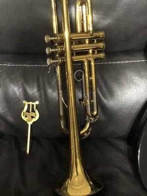 Buescher aristocrat cornet sn/w & case & mouthpiece for Sale in Palm Harbor, FL