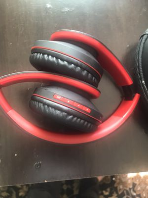 Headphones 🎧 for Sale in Turlock, CA
