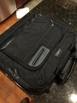Executive Style Brenthhaven Messenger Bag for Sale in Charlotte, NC