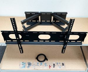 "New, $43 HDMI and Full Motion TV Wall Mount Combo 32""-65"" Swivel Tilt for Sale in Whittier, CA"