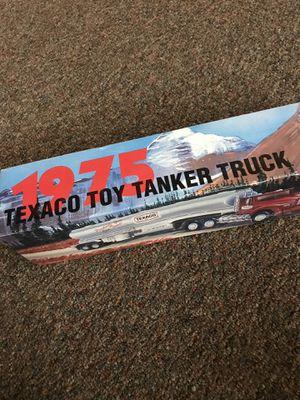 Texaco Toy Tanker Trunk for Sale in Arlington, TX