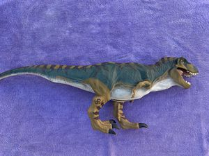 """Vintage Jurassic Park 1997 Original Collectable 30"""" long Bull T Rex Toy. Perfect mint condition. Growls when stomach is squeezed for Sale in Dana Point, CA"""