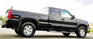 NICE COND 2003 CHEVY SILVERADO for Sale in Worcester, MA