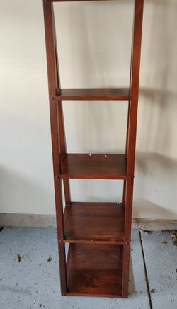 Pier one Ladder Shelf for sale... for Sale in HOFFMAN EST,  IL