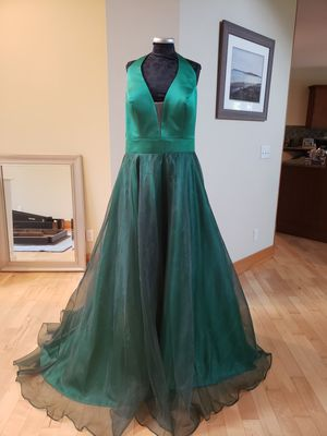 Evening Gown, Prom Dress, Homecoming Dress for Sale in Coupeville, WA