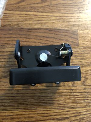 88-02 Gm truck tailgate handle for Sale in San Jose, CA