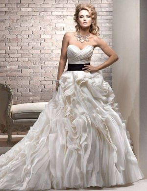 Gorgeous Wedding Dress for Sale in Denver, CO