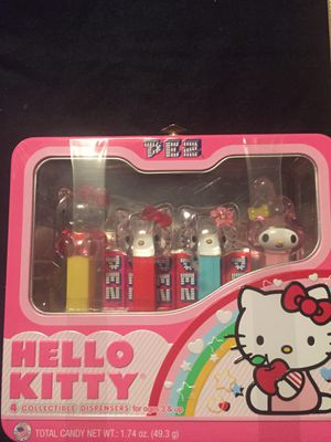 HELLO KITTY PEZ DISPENSER SET LUNCHBOX 15085 for Sale in Trafford, PA