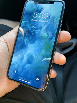 iPhone X UNLOCKED for Sale in Oakland Park, FL