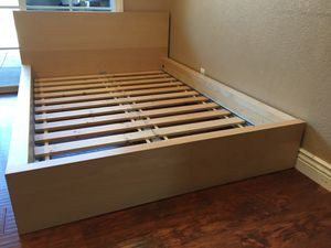 Full size bed frame for Sale in Sacramento, CA