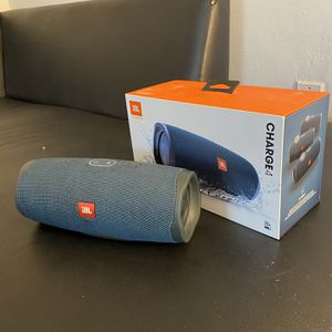 JBL Charge 4 !!!! for Sale in Winter Park, FL
