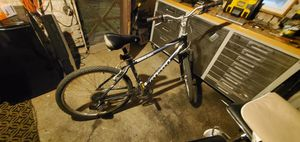 21 speed Giant mens Moutain/Hybrid bike for Sale in St. Louis, MO