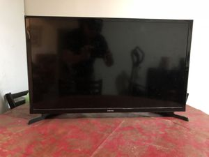 Samsung TV 32 inch for Sale in Maryland City, MD