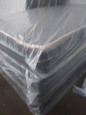 Mattress regular new Queen mattres colchones cama for Sale in Pompano Beach, FL