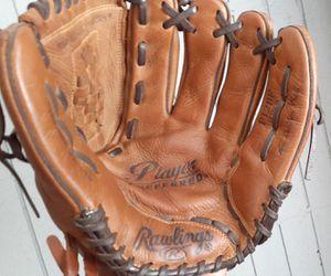 "12"" rawlings baseball glove for Sale in National City, CA"