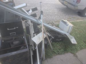 Free for Sale in Woodbury, NJ