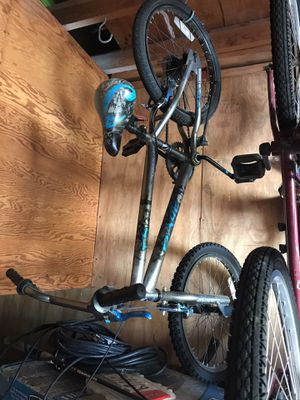 """20"""" BMX bike, needs tires, as is for Sale in Los Alamitos, CA"""