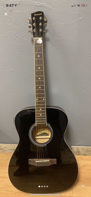 Savannah Acoustic Guitar (Light Use) for Sale in Cloverdale, OH