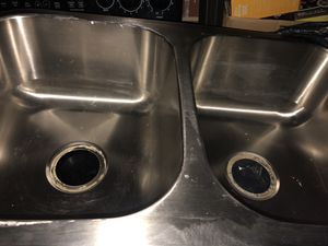 Double sink for kitchen in very good condition $ 40 for Sale in Nashville, TN