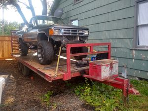 """1985 Trailer & Toyota 4×4 V8 Ford 302 is bad. Fun project. C-4 automatic Trans New springs drivelines Lifted 20""""Toyo tires for Sale in Kent, WA"""