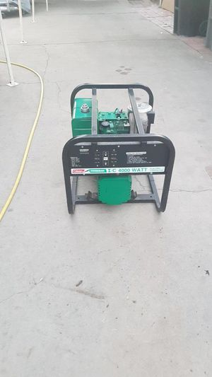 """Generator """"Coleman Powermate I/C 4000 Watt"""" for Sale in Baldwin Park, CA"""