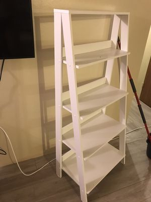 2 identical white bookcases for Sale in Brooklyn, NY
