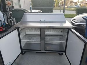 True brand Commercial Cold Table for Sale in Montclair, CA