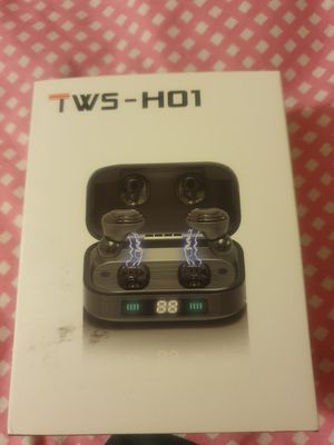 NEW Rumixi Wireless Bluetooth Earbuds /w rechargeable case for Sale in El Monte, CA