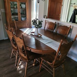 Solid Oak Dining Set for Sale in Fresno, CA