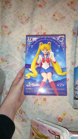 Sailor moon Figurine for Sale in Tacoma, WA