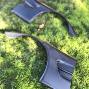C5 Corvette parts (L)(R)Front fenders back window for Sale in San Jose, CA