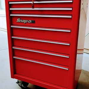 Really nice Snap On 7 Drawers Rollaway Toolbox KRA3027 in Very good shape. for Sale in Goodyear, AZ