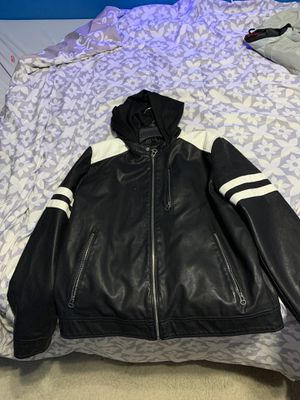Wilson's leather motorcycle jacket Size Large for Sale in Niederwald, TX