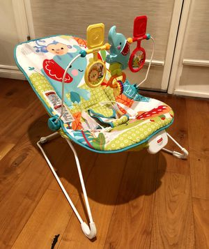 Fisher Price Baby Bouncer Seat with vibration for Sale in Los Angeles, CA
