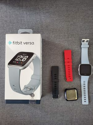 Fitbit Versa Like New for Sale in Livingston, CA