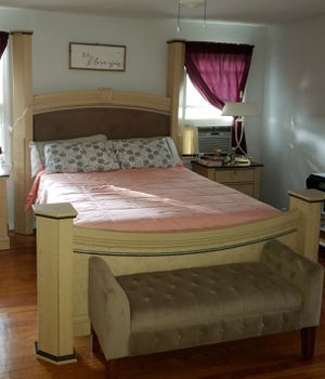 Queen size bed only for Sale in Union, NJ