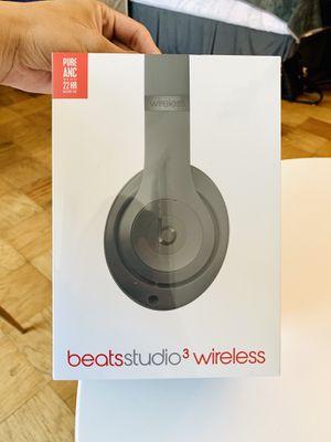 Brand new Beats Studio 3 wireless (Gray) latest color for Sale in Washington, DC
