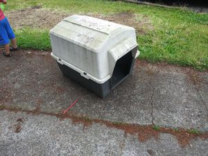 Free dog house for Sale in Portland, OR