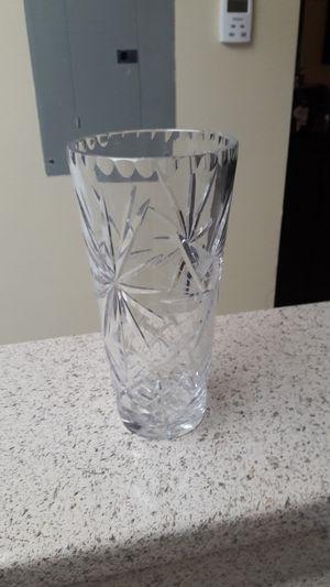 Glass flower vase. for Sale in Fort Lauderdale, FL