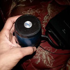 Small speaker for Sale in Lynchburg, VA