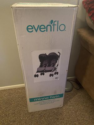 Double stroller for Sale in Orlando, FL