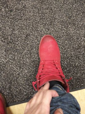 Red timberlands for Sale in Detroit, MI