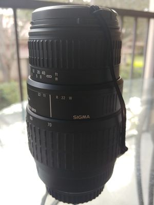 Sigma Lens 70MM - 300MM for Sale in Orlando, FL