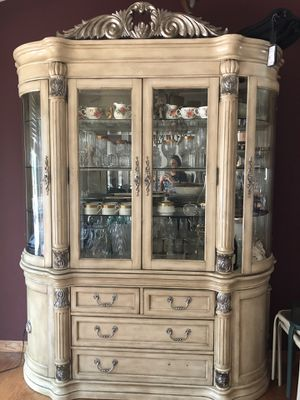 China Cabinet for Sale in Sterling Heights, MI